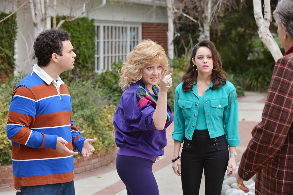 Troy Gentile Wendi Mclendon Covey Hayley Orrantia My Take On Tv